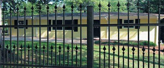 Kovové plotové systémy