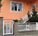1a - plot Lyon s ornamentom kosoštvorec, v trojfarebnej kombinácii