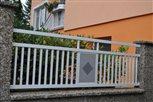 1c - detail plotového dielca Lyon s kosoštvorcom